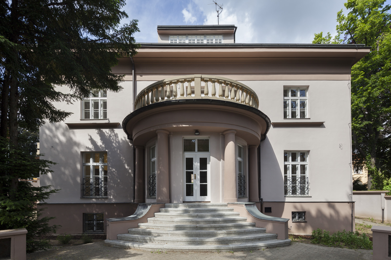 Rezidence Romaina Rollanda - rekonstrukce rezidenční vily_Arch.Design_08