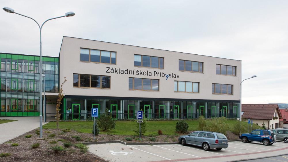 Rekonstrukce a dostavba Základní školy Přibyslav, Arch.Design